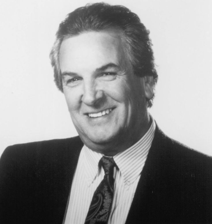 Danny Aiello was born on June 20, 1933 in New York City, New York, USA as Daniel Louis Aiello Jr. He is an actor and producer, known for Léo...