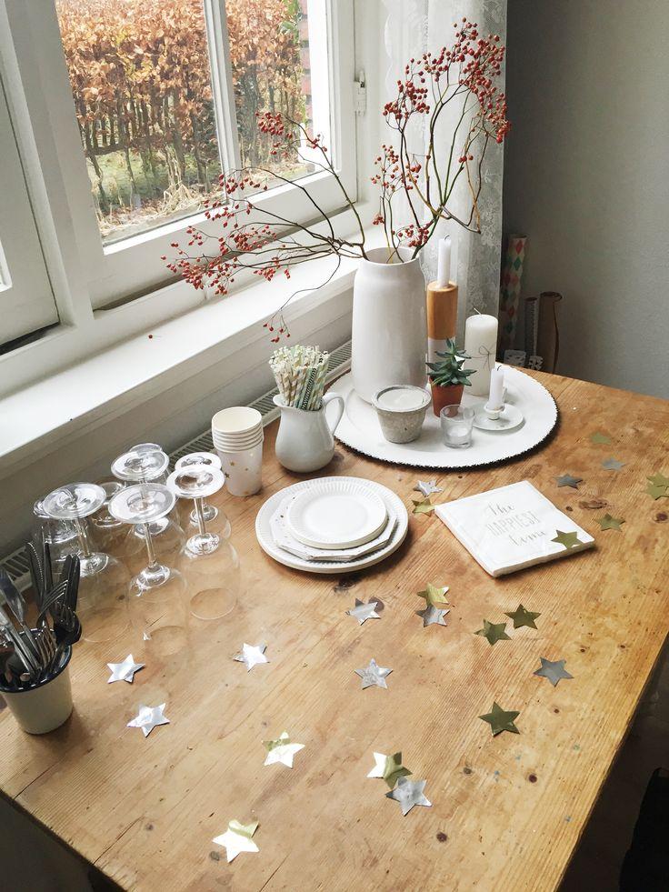 Zondag // Ook dit was een rustig  kerstdagje. We hebben uitgebreid ontbeten.Heerlijk aan het venster, en een tafel waar iedereen dol op was.
