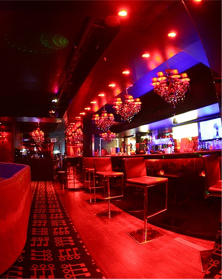 Club de strip tease parisien - Penthouse club Paris