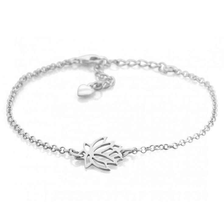 Elegantes Taufarmband aus 925 Sterling Silber. In der Mitte des Armbandes ist eine Taufblume eingefasst. Das Armband verfügt über großere Ösen, so dass man die Länge des Armbandes verstellen kann. Ein besonders schönes Geschenk zur Taufe als Erinnerung an einen unvergesslichen Tag.    #Taufblume #Armband #Taufschmuck #GeschenkzurTaufe #Taufe #Taufgeschenk #Silberschmuck #925Silber