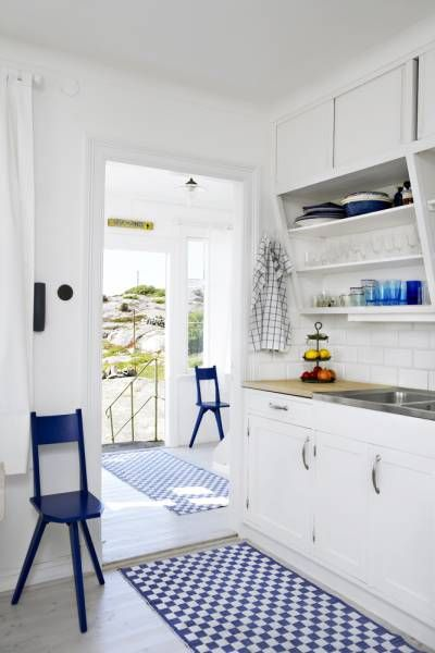 1000+ images about Ideas! M?kkikeitti?t  Summer house kitchens on