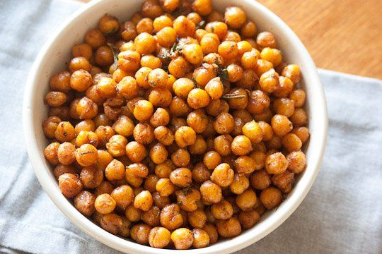 Snack Recipe: Roasted Curried Chickpeas with Rosemary and Thyme ...