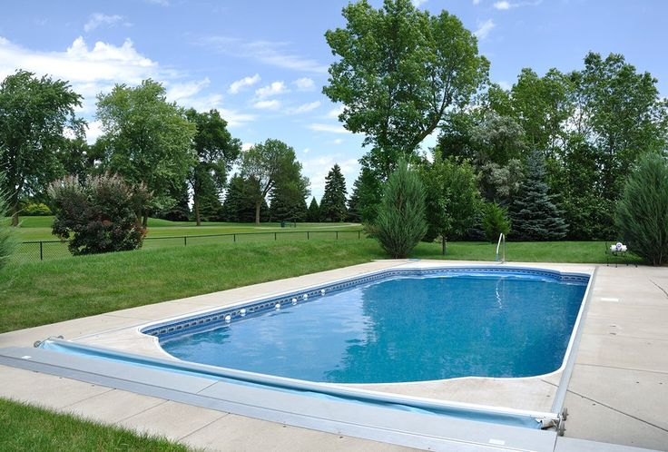 25 best ideas about small fiberglass pools on pinterest - Concrete swimming pools vs fiberglass ...