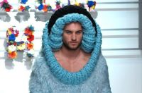 Le sfilate di moda maschile più ridicole di tutti i tempi