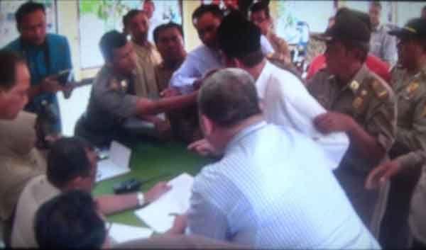 Mediasi Kasus Sengketa Tanah SD Darul Ulum Nyaris Bentrok