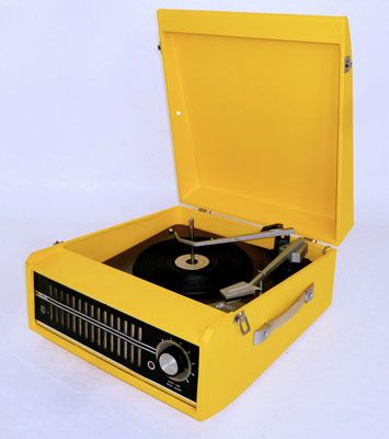 eBay watch: Fully serviced 1960s Philips NG5156 record player