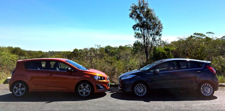 277850 Ford Fiesta Sport v Holden Barina RS : Comparison review