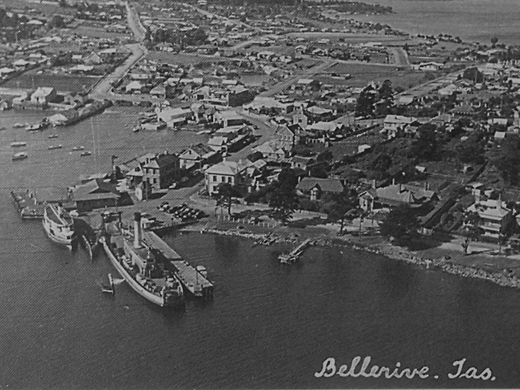 Bellerive - 1940s  Street in the top left of the frame is Clarence Street