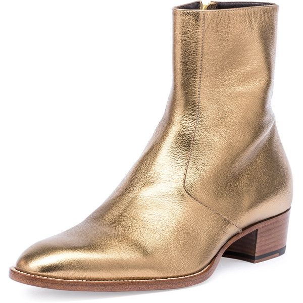 Saint Laurent Wyatt 40mm Men's Metallic Leather Ankle Boot ($995) ❤ liked on Polyvore featuring men's fashion, men's shoes, men's boots, gold, mens flat boots, mens leather shoes, mens pointed toe shoes, mens ankle boots and mens flat shoes