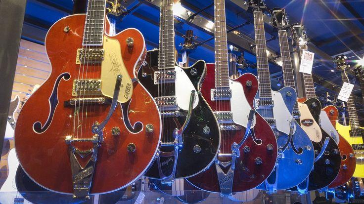 Gretsch Guitars ✨ #gretsch #gretschguitar #gretschguitars #thatgreatgretschsound #chetatkins #hollowbody #semihollowbody #guitar #electricguitar #guitars #electricguitars #bigsby #guitarporn #megamusic #megamusiconline