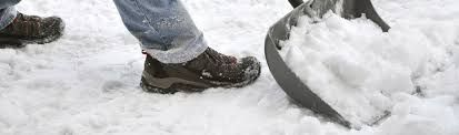 Nevertheless, when you hire a snow removal service on time, experts from the company will have time to come to your property and assess the situation. This will enable them to prepare for the snow removal exercise properly and include your service in their schedule. To get more details about the snow removal services visit us :  http://www.pro-lawnsinc.com/snowRemoval