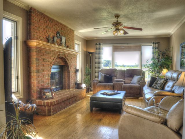 Open House Sunday Sept 10-1-3 P.M. http://www.wayneliddy.com/Private-Country-Estate--3000-Sq-Ft-2-Storey-Home-3-Bedroom2.5-Baths