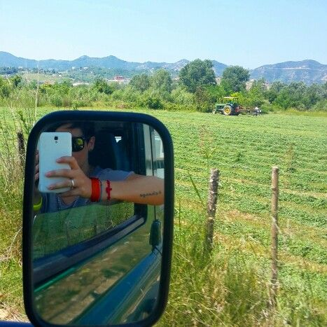 AgroAlbania   camping Tirana  #ridieassapori #experienceblog #myalbaniaexperience #instagramalbania #sky #visitalbania #tourism #albania #traveltheworld #vscocam #change #tattoo #agro