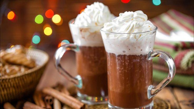 La vraie recette du chocolat chaud viennois épais à la crème chantilly !