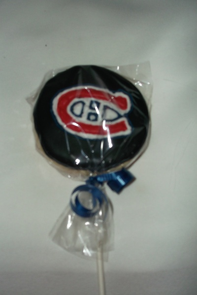 Sherry submitted this cookie on a stick for her favourite team.    #BakeToScore #RedpathSugar #cookie #Canadiens #Hockey #Habs #Montreal #Baking