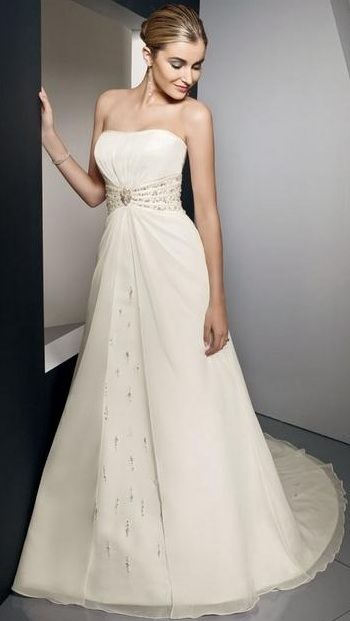Darius Cordell Fashion Ltd - Fashion Ltd -  .  x Fashion Ltd is offering this lovely bridal gown for sale.  We also have over 300 different designer wedding dresses in our catalogs for your further consideration.  ALL DESIGNER DRESSES CAN BE MA...