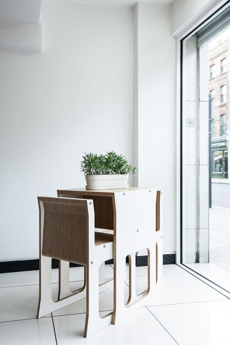 #TeanestTableChairs #Herbivoreplanter #Indoorgarden #herbs #planter #compactfurniture #spacesaving