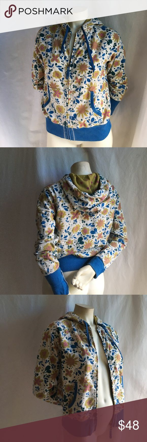 Lucky Brand S Zip Up Hoodie Sweatshirt Blue Floral Lucky Brand size small preowned zip up hoodie in retro blue floral. Polka dot interior. Clean and ready to wear with general signs of wear like being laundered. Accepting offers! Lucky Brand Sweaters Cardigans