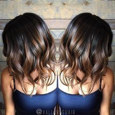 In love with these brunette curls | DIY Hair