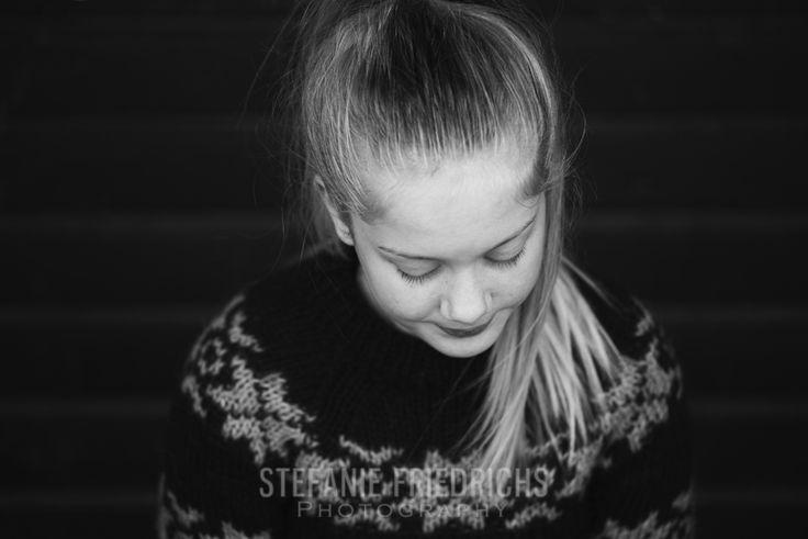Børnefotografering på Godsbanen i Aarhus.  Smukke Joan, 12 år.