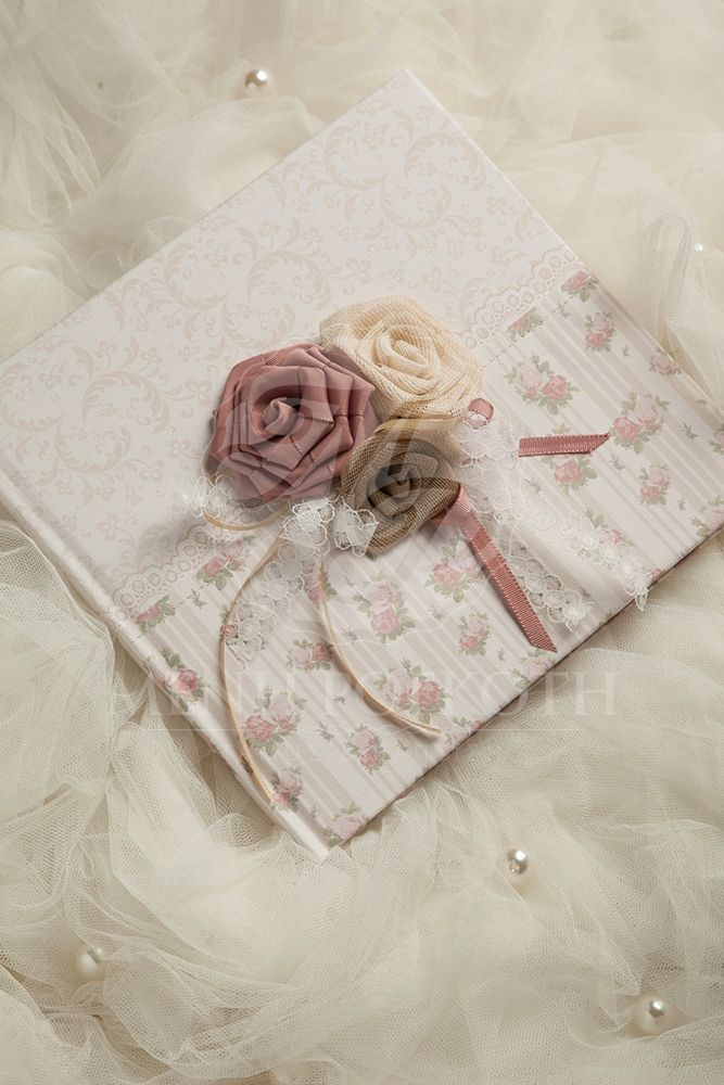 Amazing vintage roses guest book with handmade fabric flowers