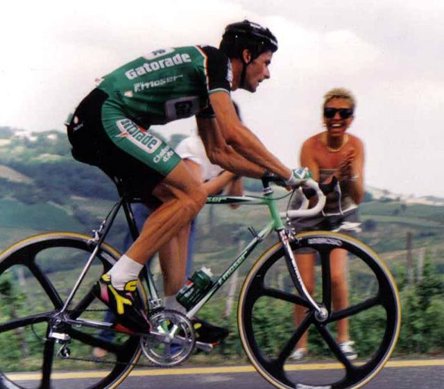 Gianni Bugno on a Moser Leader Ax frame