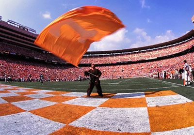 DAY 9: UNIVERSITY OF TENNESSEE Get to know some of Tennessee's great traditions!