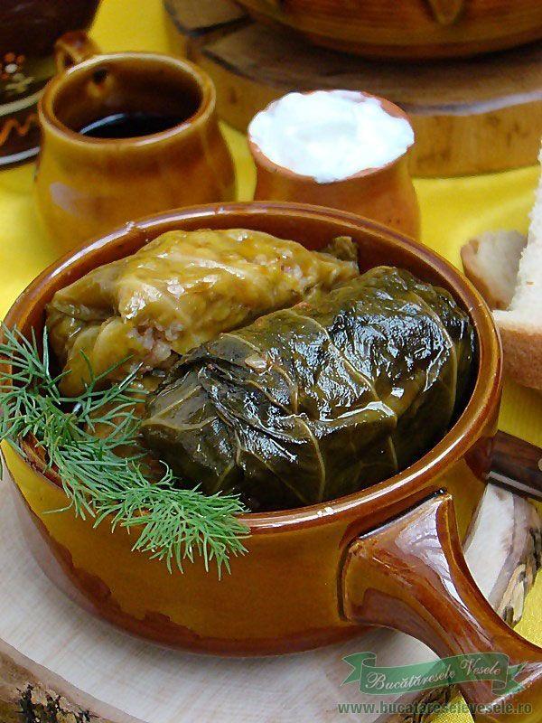 Reteta Sarmale.Preparare Sarmale cu varza dulce.Sarmale cu afumatura.Sarmale sau boaste?Ingrediente Sarmale.Preparare in pasi  sarmale.Film cum umplem sarmale ?