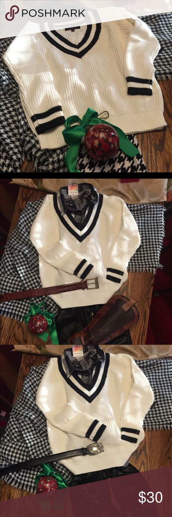 V-white with black stripe sweater Cotton 50, acrylic 30, poly 20. Pullover V-neck sweater. This is a substantial thickness and a great core wardrobe piece. Love the value of this bunch! White group with this order selection Sweaters V-Necks