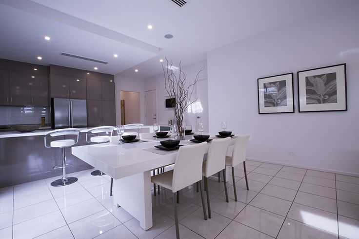 This open plan kitchen, dining and living area gives a spacious feel. #openplan #dining #weeksbuilding