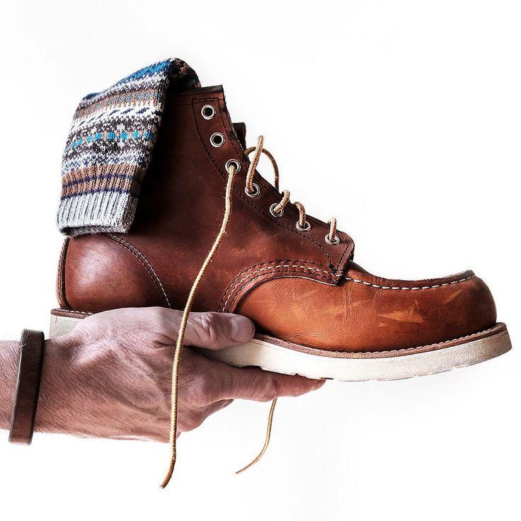 781 vind-ik-leuks, 64 reacties - Carter DeVries (@vinyl66) op Instagram: 'A Red Wing Wednesday Tribute To My First (boot) Love • • Boot: @redwingheritage 875  Socks:…'