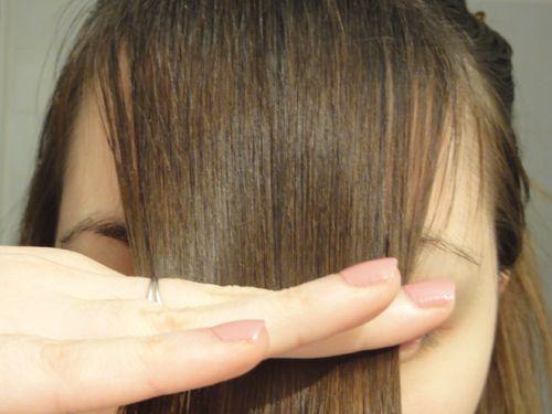 Beauty & Gibberish: Tutoriel : Les bons gestes pour couper sa frange soi-même