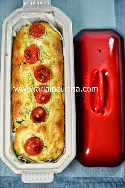 Blog di cucina di Aria: Plumcake salato con feta e olive nere al basilico