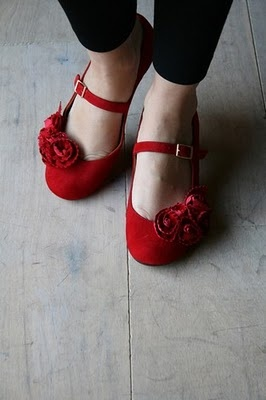 : Red Fashion, Fashion Shoes, Fashion Models, Red Flats, Red Shoes, Ruby Slippers, Girls Fashion, Girls Shoes, Mary Jane