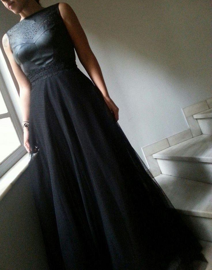 η αγαπημένη τούλινη φούστα συνδυασμένη με το μπουστάκι απο δερματίνη JULYTWO <3 https://www.facebook.com/JulytwoCreations http://www.julytwo.gr/