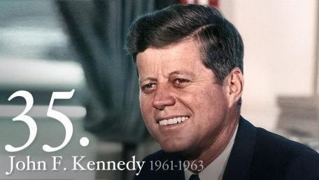 El Presidente John F. Kennedy, realmente pudo cambiar las cosas. Fue una gran perdida para la humanidad.