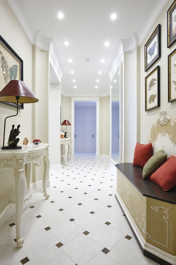 Оказавшись в интерьерах этой квартиры, в исполнении команды архитекторов «Альба Дизайн Проект», погружаешься в безмятежное настроение летнего отдыха на побережье.  Разумеется, первое, на что обращаешь внимание в этом проекте, – это цвета. Насыщенный ультрамарин в тандеме с белоснежным белым и нежными сливочно-кремовыми оттенками не просто радует глаз и моментально поднимает настроение, но и настраивает на романтику дальних заморских странствий. Авторы проекта убеждены, что яркие цвета в…