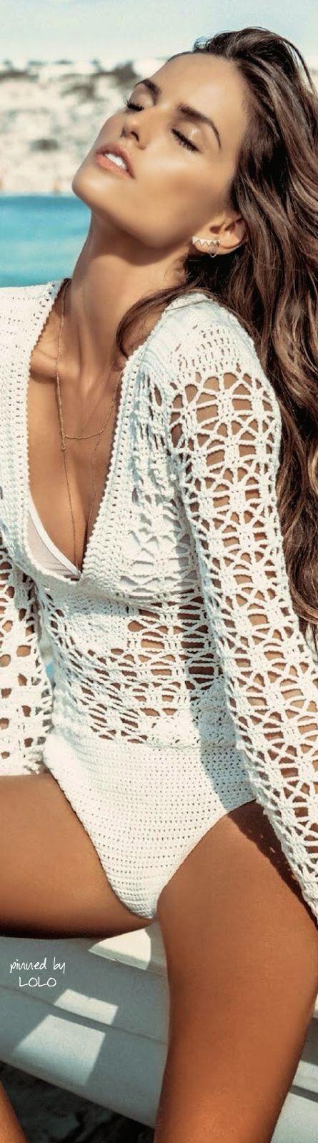 Vestido Branco de Crochet                                                       …