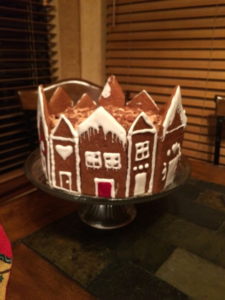 Gingerbread house cake Christmas 2015