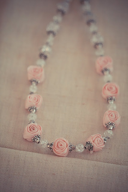 Ric Rac Rose beads - Who would have thought you could make something like this out of humble ric rac!