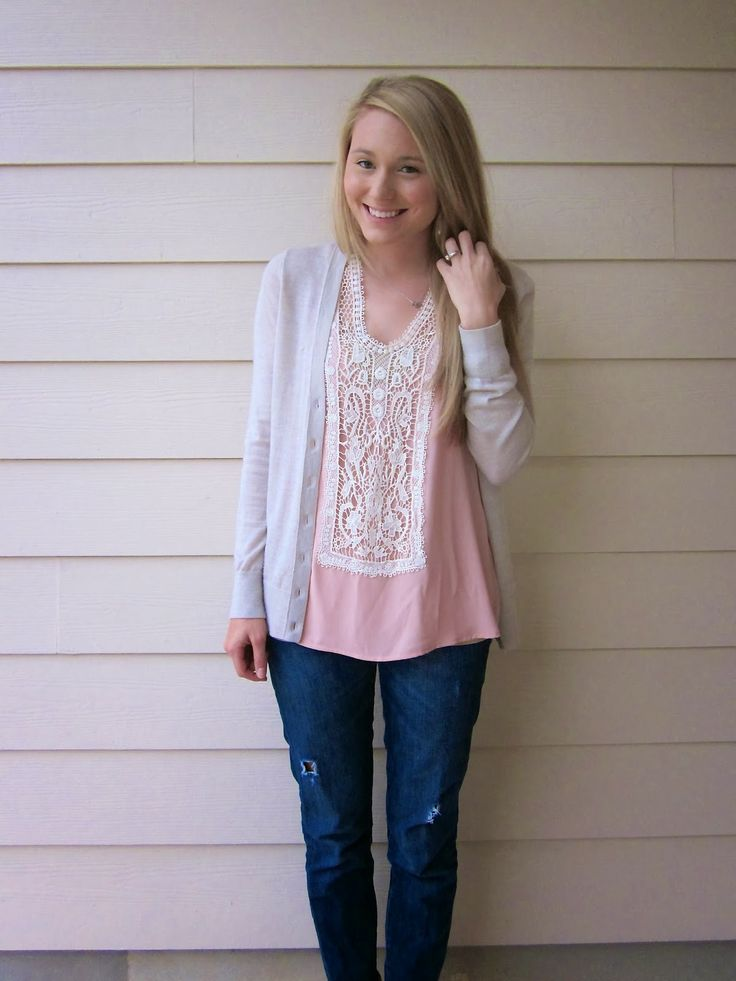 Such a cute top! A Touch Of Pink Giveaway