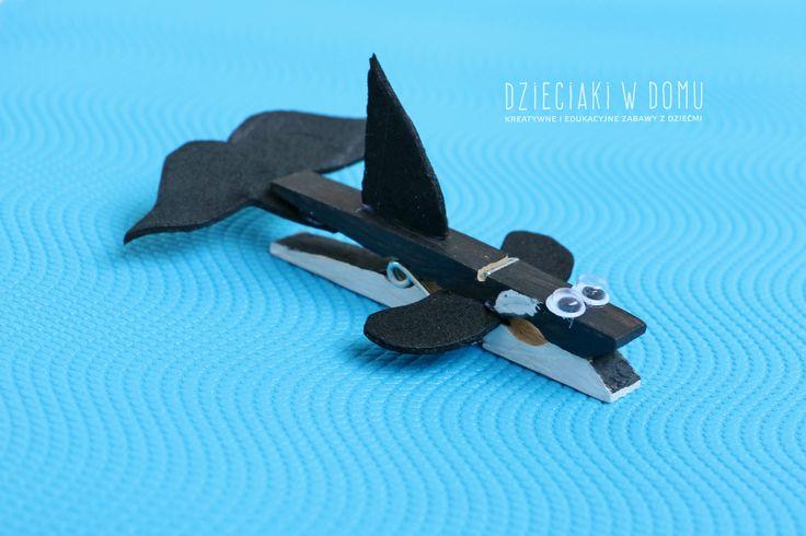orka z drewnianej klamerki