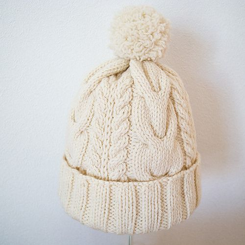 This is the ultimate knit hat. Just look at it. It's perfect.....Pompon hat miknits of SiO2's Alan: Ravelry