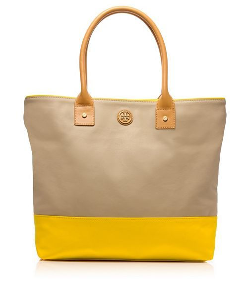 05c0bdbdf0a7 9 best Tory Burch Purses Bags images on Pinterest