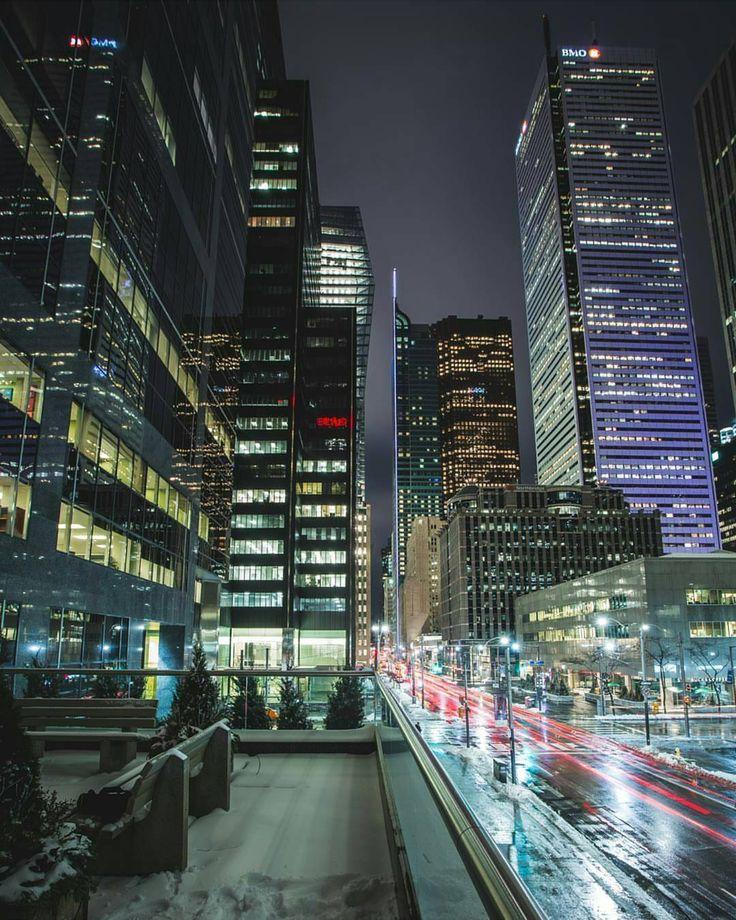 "4,681 Likes, 37 Comments - Streets of Toronto (@streetsoftoronto) on Instagram: ""Home time. @rich3dee #Toronto #StreetsofToronto"""