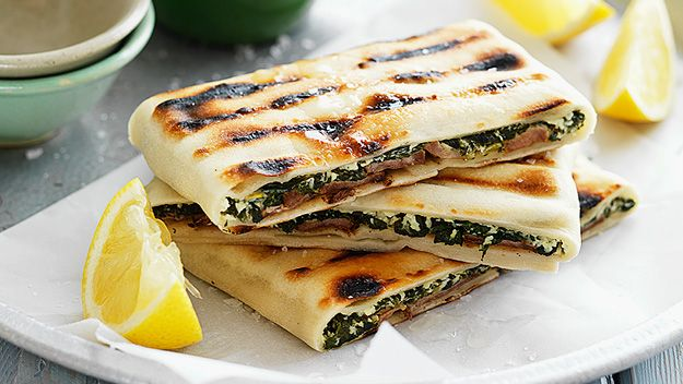 Ninemsn shows you how to make this lamb, cheese and spinach gozleme.