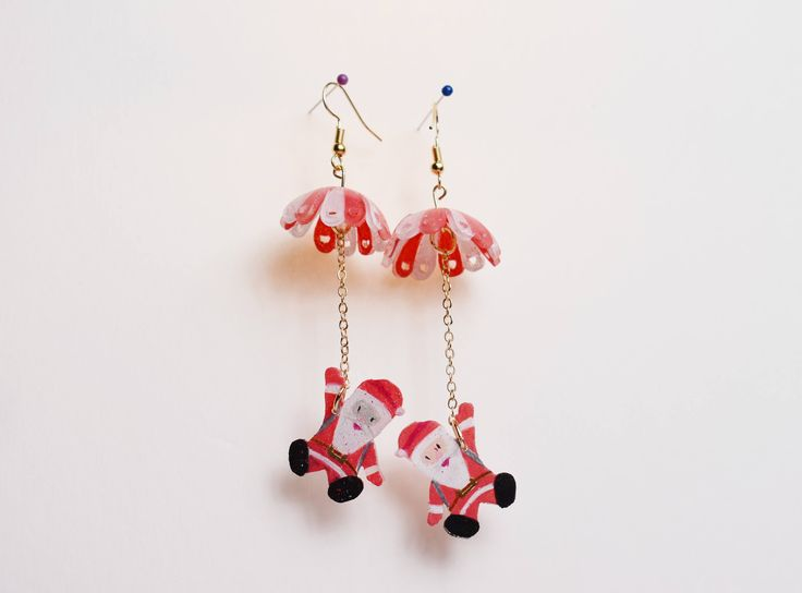 Handmade Christmas gifts earrings/ Cute Santa shrink film DIY earrings/ Christmas gifts/ Original design Christmas jewelry by BlingBlingBeach on Etsy https://www.etsy.com/listing/572839981/handmade-christmas-gifts-earrings-cute