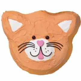 Abbie loves kitty cats right now               Wilton Home : Ideas            Cat Cake