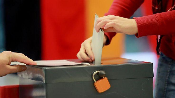 Terminkonflikt in Berlin: Kabinett legt Datum für Bundestagswahl fest