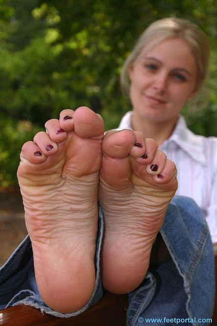 sex feet ragazze bionde